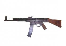 Replika Fusil StG 44 (Sturmgewehr 44), Alemania 1943
